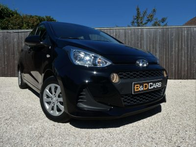Hyundai i10 1.0i 1ste HAND/1MAIN AIRCO/BT -AUDIO/NAVI/CRUISE bei B&D Cars in 8791 Beveren-Leie