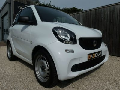 smart forTwo 1.0i Passion CRUISE/CLIMA NETTO: 9.082 EURO bei B&D Cars in 8791 Beveren-Leie